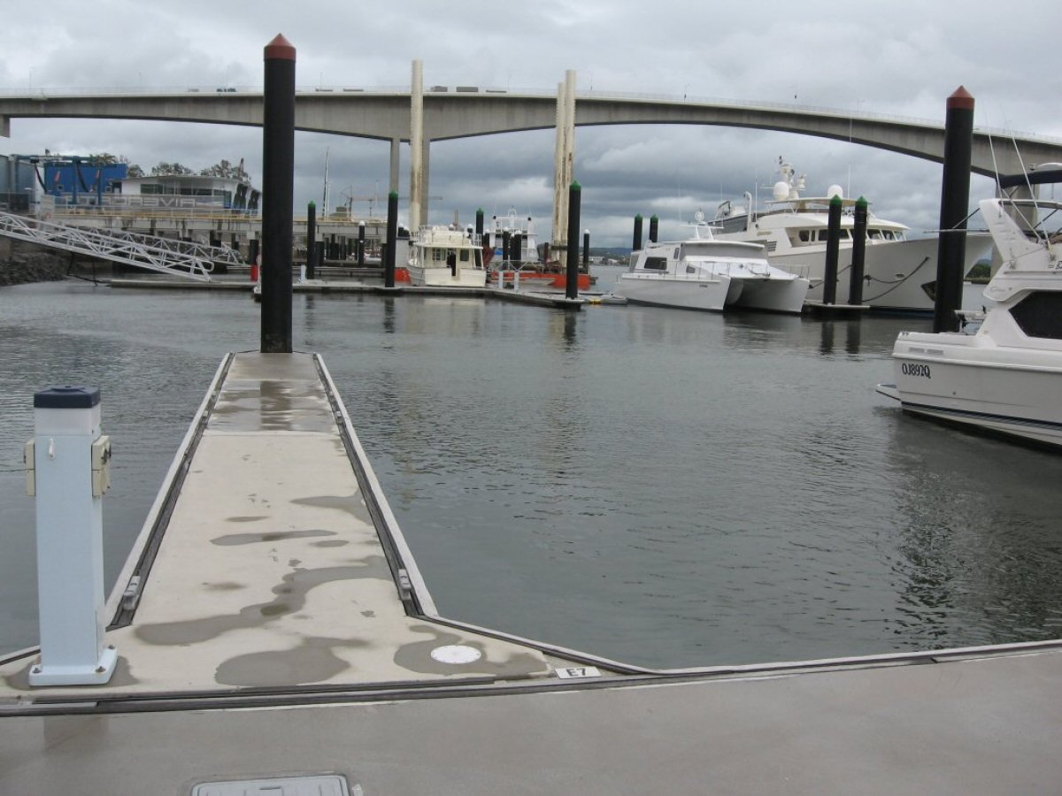 Catamaran Berth 15mt