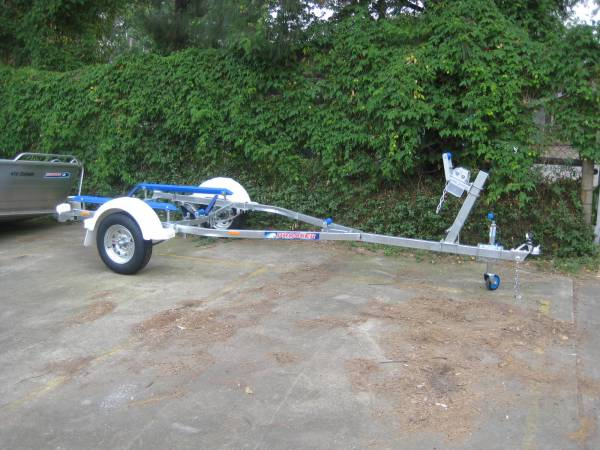 Brooker trailer brand new 13' 4.2 mtrs skids