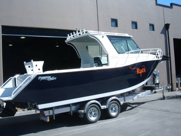 Preston Craft 7.3m Thunderbolt I/B