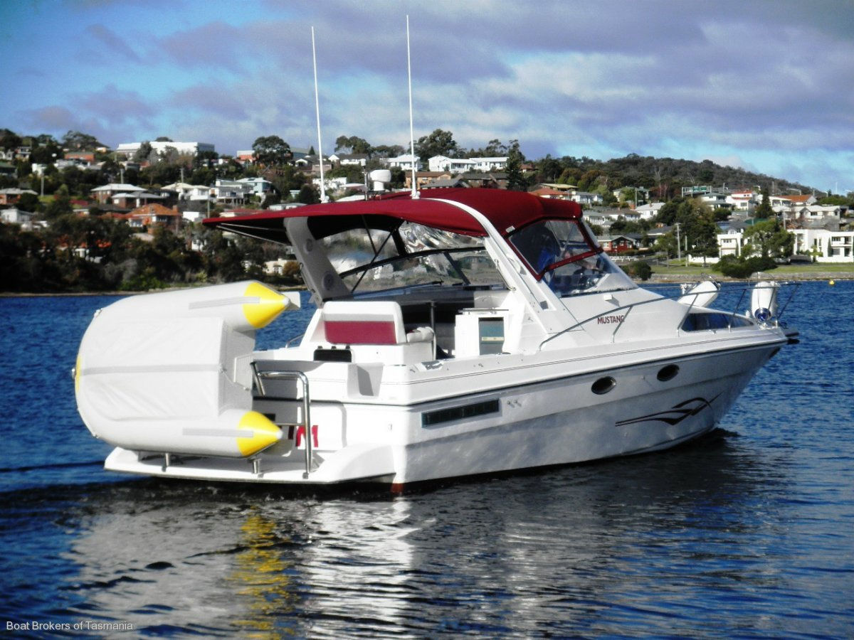 Mustang 32 Sports Cruiser Priced to sell now!