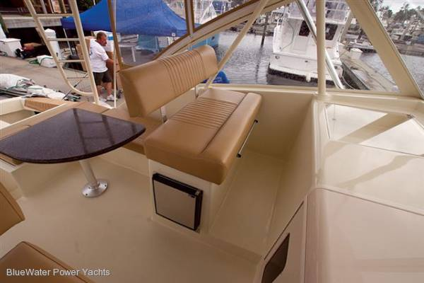 New Luhrs 37 Open Hardtop Outboard