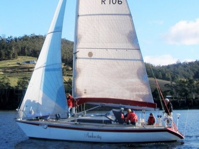 Dehler 34 Great club racer with comfortable fitout.