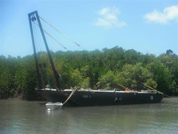 Shearleg Dumb Barge