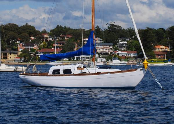 Laurent Giles 29ft Classic Timber Yacht