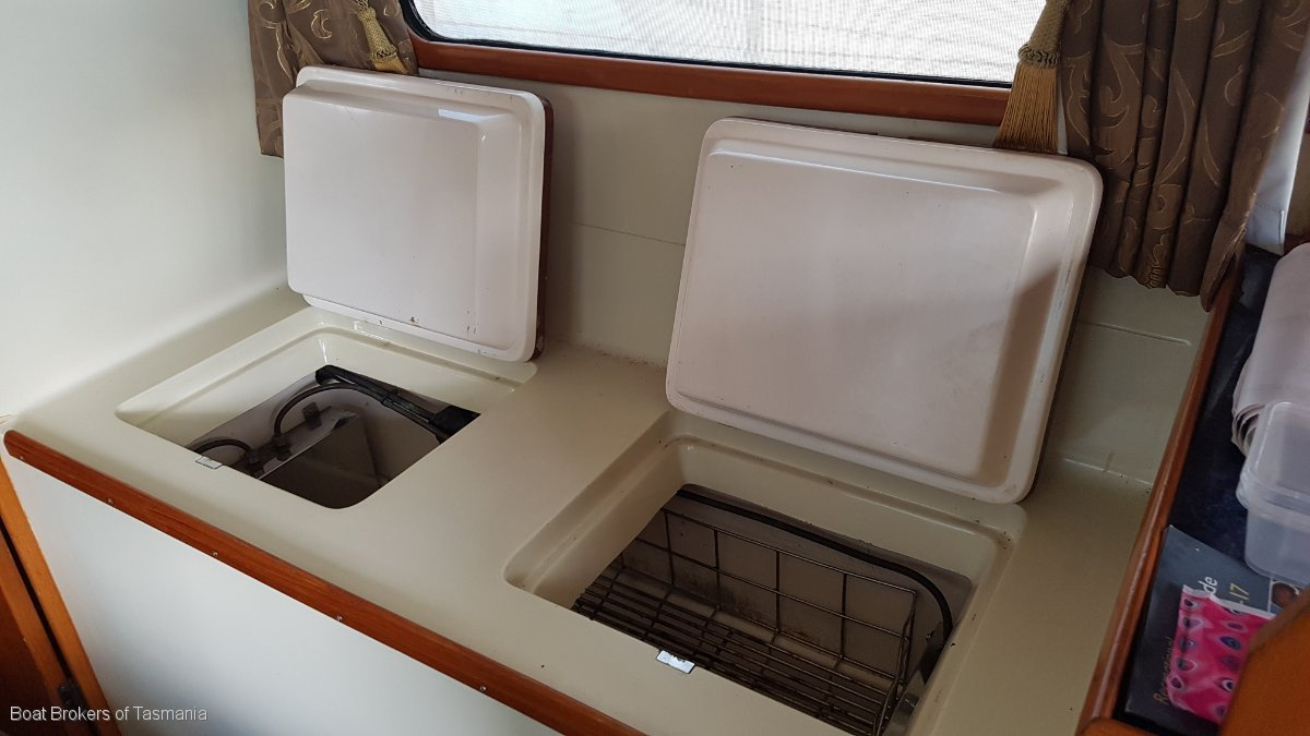 Jersey Clipper Mk III 34 aft cabin with bowthruster and autopilot Boat Brokers of Tasmania
