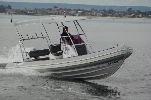 Gemini Elite 650 Boat Reviews Yachthub